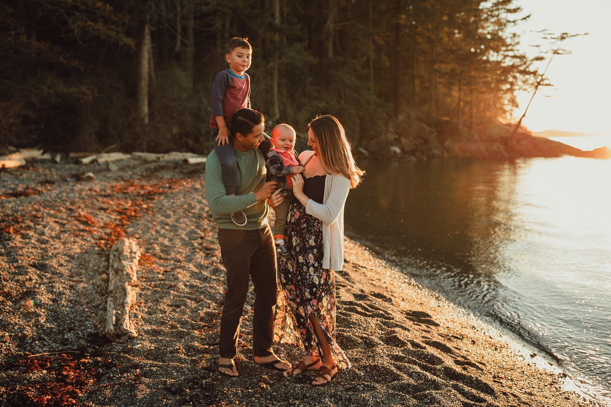 family photo session at Washington Park beach