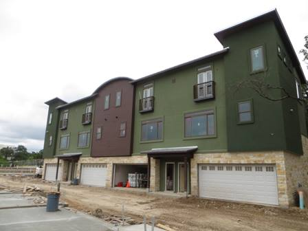 Towns on Cumberland, exterior under construction
