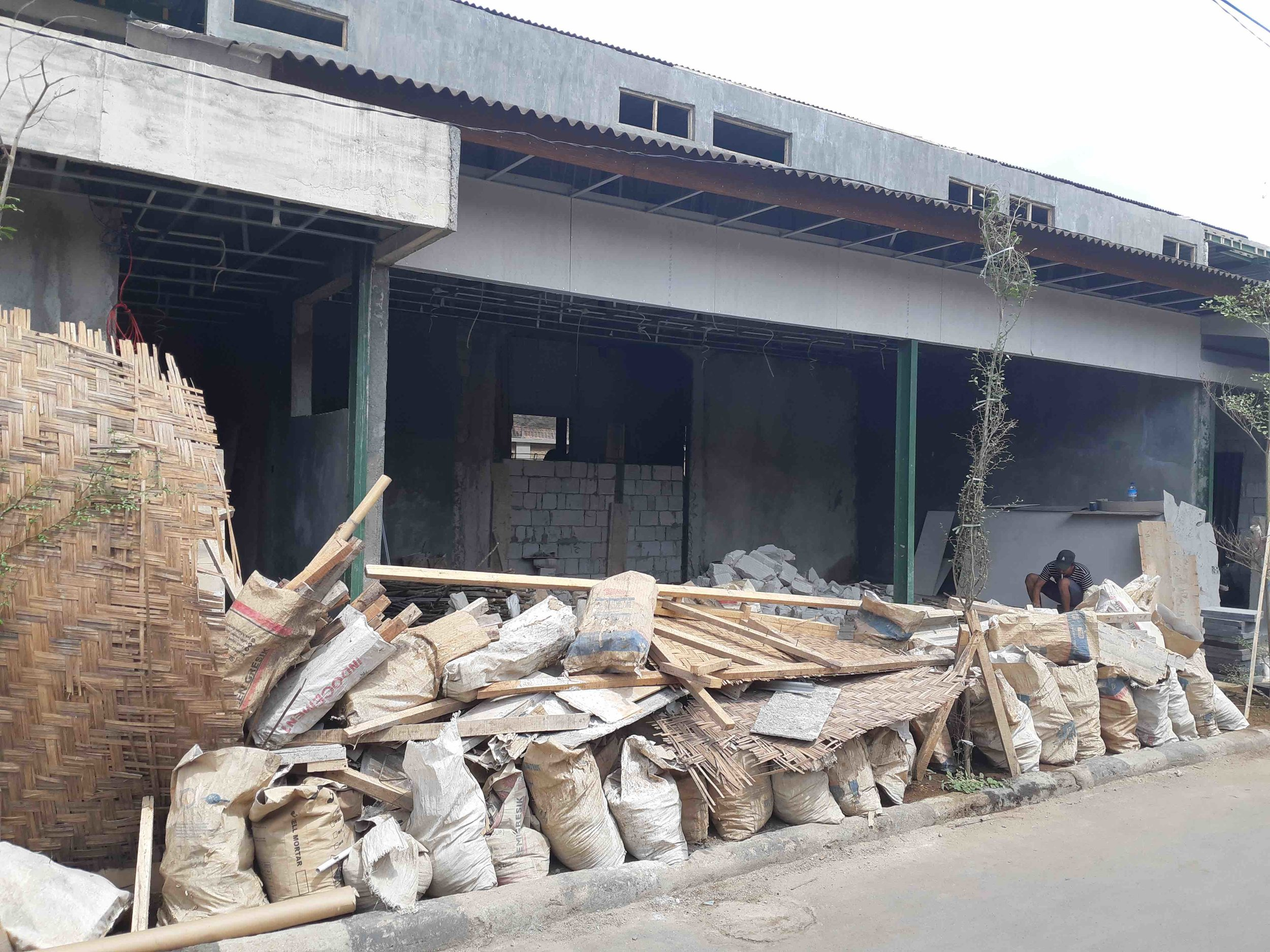 James Buchanan | This owner can afford the materials and man power from Lombok