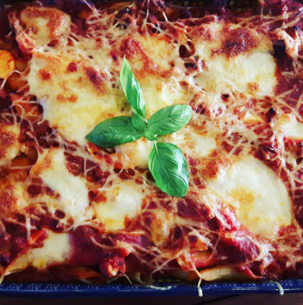 Our perfect  pasta bowl : pasta al forno by @maureenhuys