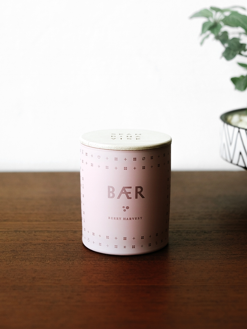 BÆR scented candle  by Skandinavisk