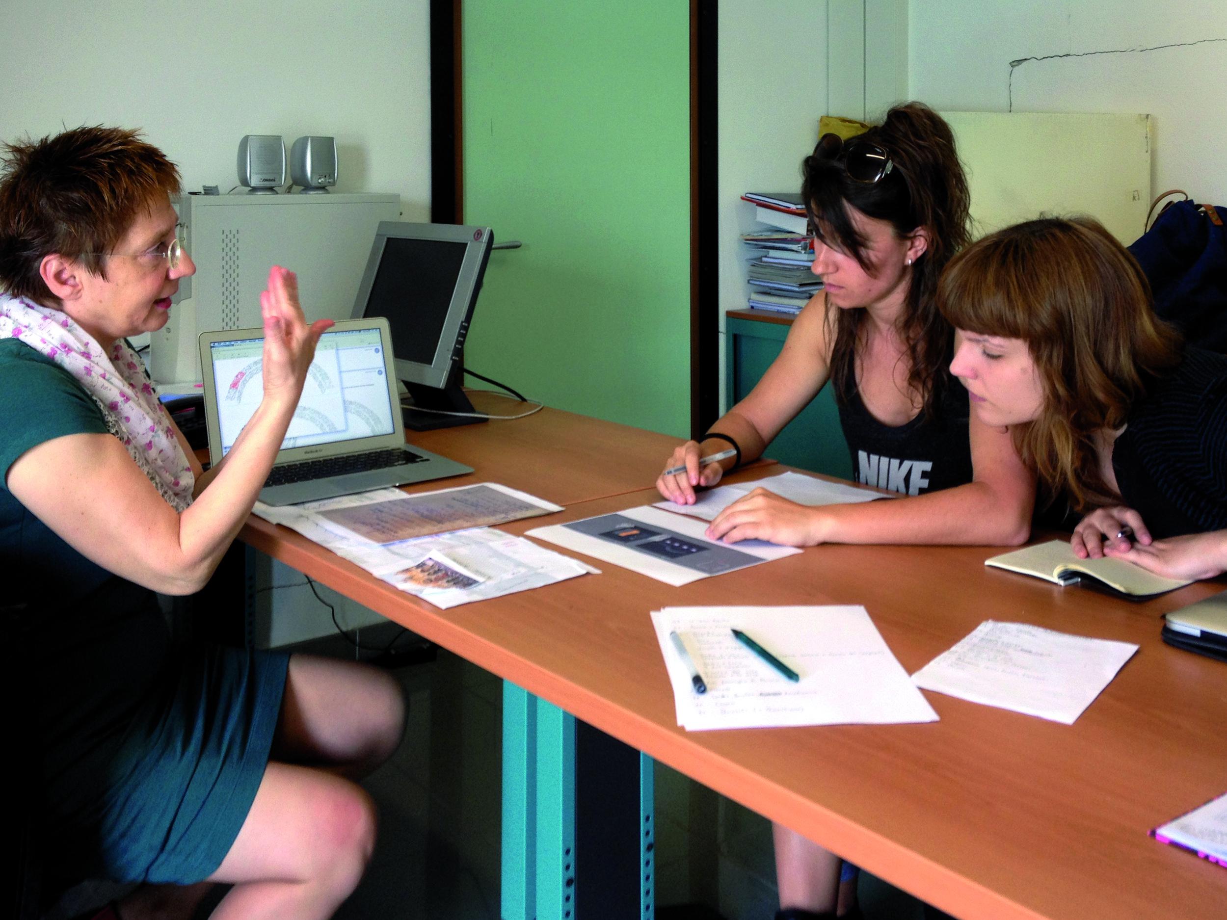 Gloria Vallese ed il Team Grafico (Laura Vendramini e Valentina Zanrosso).jpg