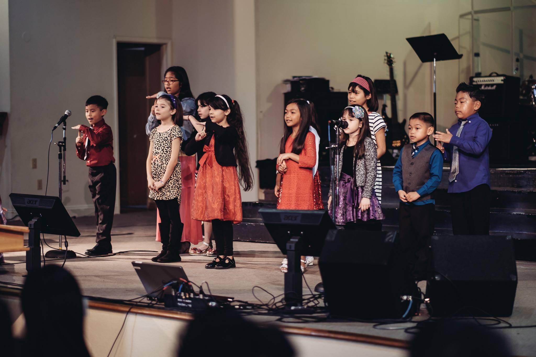 Children's Choir 1.jpg