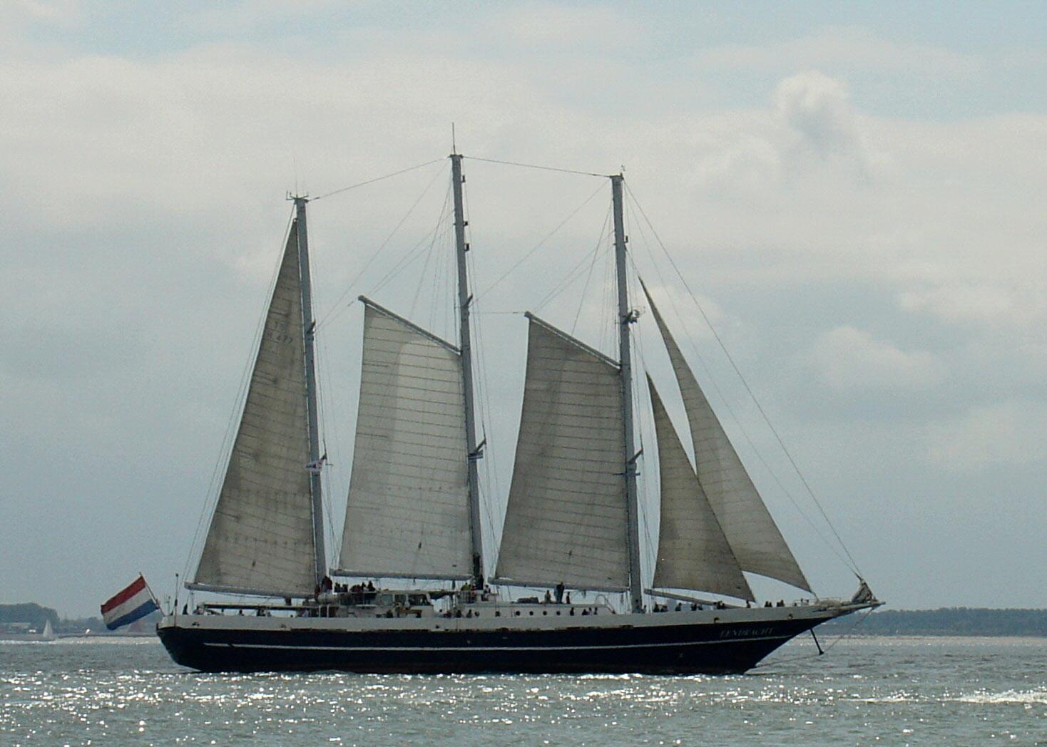 «Eendracht» er en tremastet skonnert brukt som skoleskip og for å spre budskapet om Nederlands maritime tradisjoner. Har deltatt i Tall Ships Races flere ganger. Fotograf:  Mz