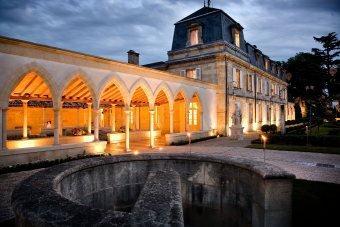 Vers le site du Château La Mission Haut-Brion