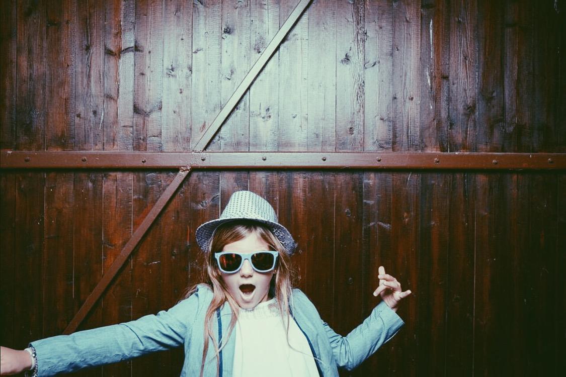 #Tschaka-ihr-schafft-das. Das ist mein Mini-Me, wie ich sie manchmal nenne.. Meine Cousine und gleichzeitig auch Patenkind. Ich versuche ihr so viel es geht meiner Erfahrungen schon jetzt zu übermitteln. Ich glaube, das hat sie aber auch so schon ganz gut drauf mit ihrer lustigen, rockigen Art! Also wenn meine kleine Cousine es rockt... dann rockt ihr es auch ;-)