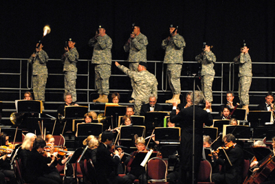 """""""1812 Overture"""" with firepower provided by National Guard floodfighting unit"""