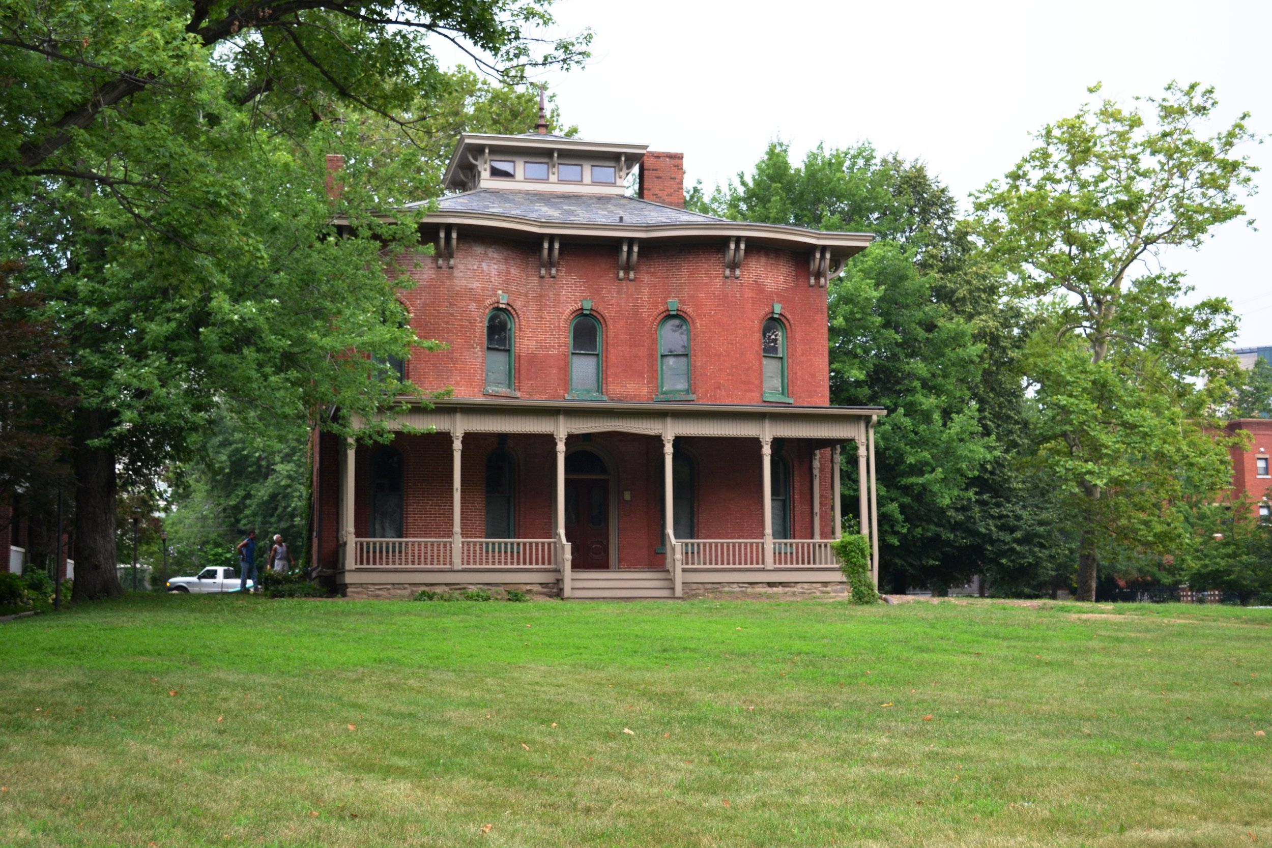 Cozad-Bates House, a Cleveland stop on the Underground Railroad.