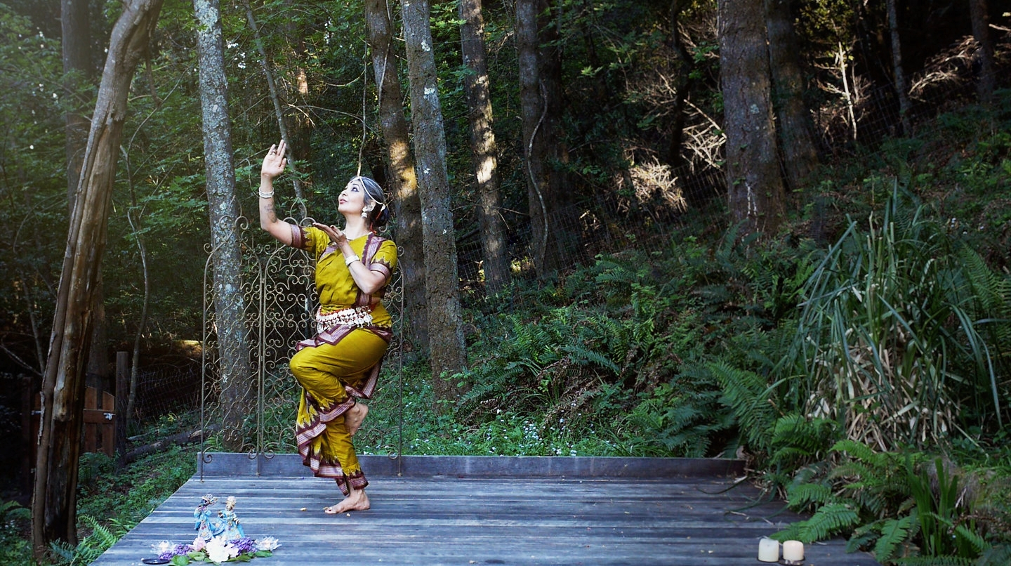 Nubia Teixeira  filming  in Paradise her Online Course:Intro to the Art of Odissi Dance / photography :  Andrea Boston