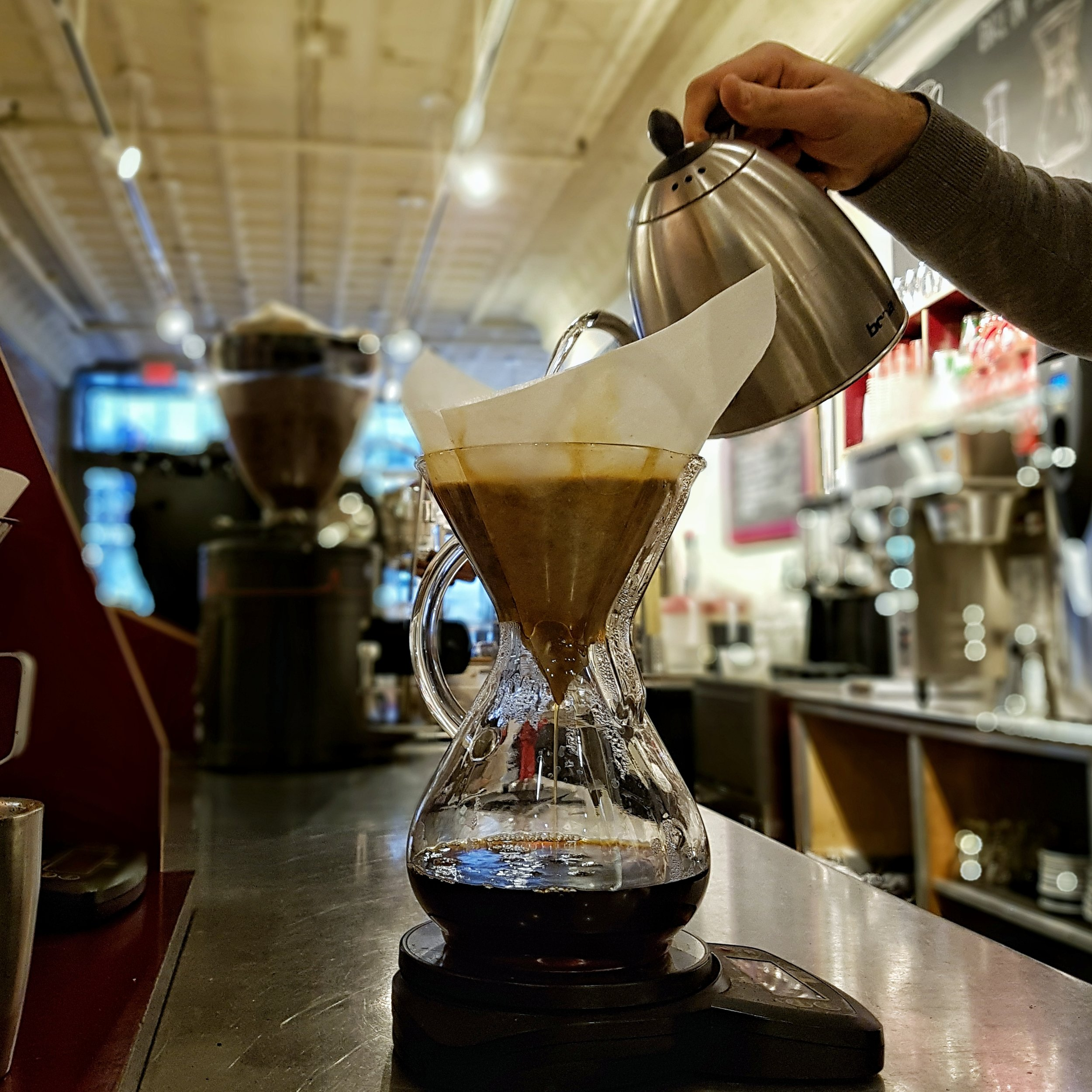 Pouring a Chemex