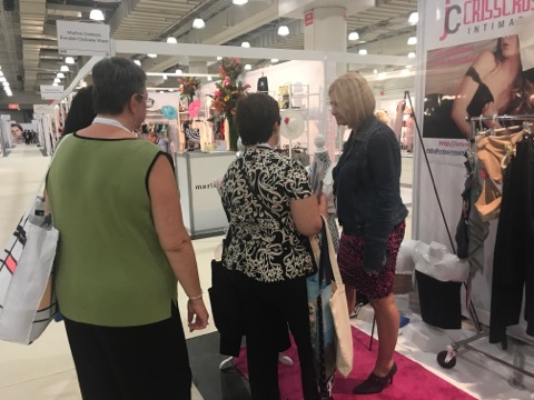 Many specialty boutiques of interest attended CURVE