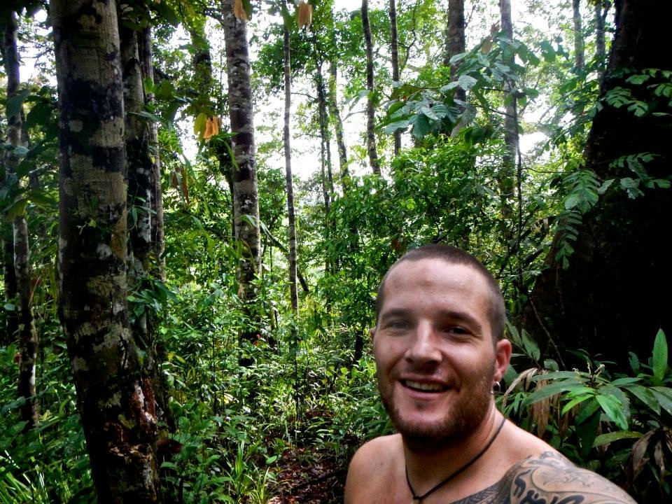 Wandering jungles in the Philippines (2010)
