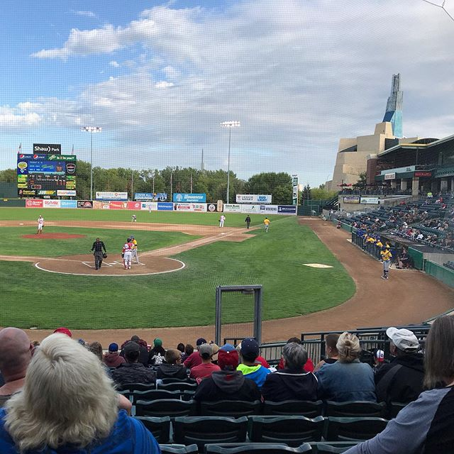 Turned out to be a beautiful evening for a ball game. #letsgogoldeyes