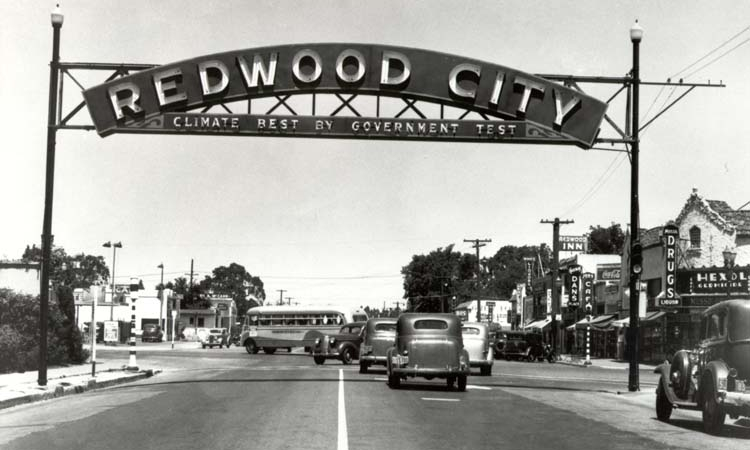 Redwood City Sign, 1939 -  Courtesy of  RedwoodCityHistory.org