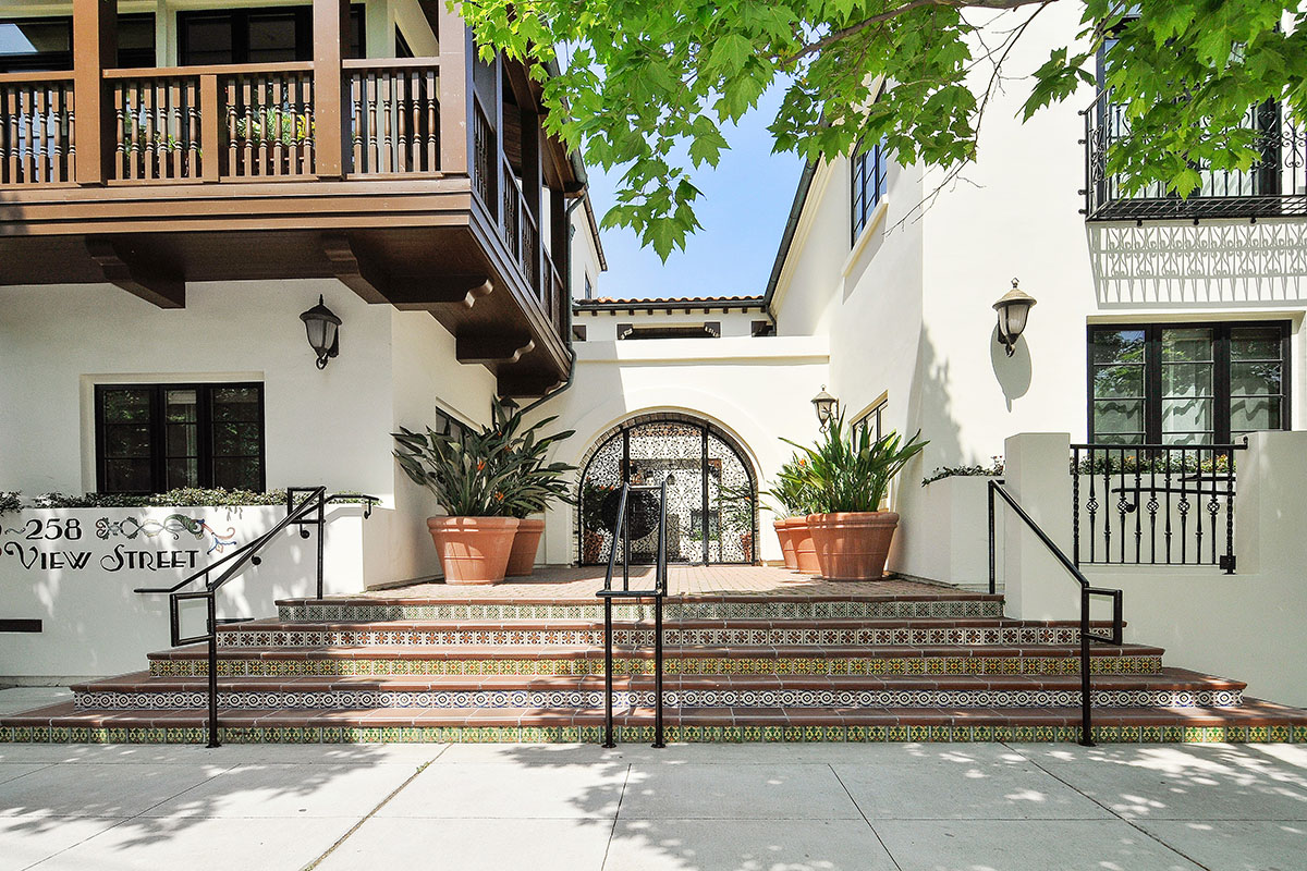 256 View St, Mountain View | $1,575,000