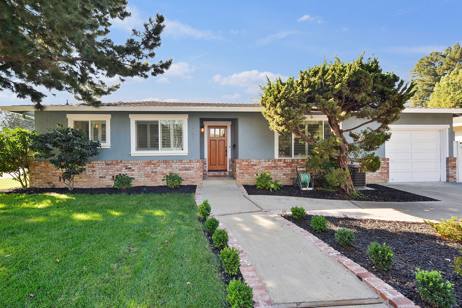 757 Rainbow Dr, Mountain View | $1,200,000