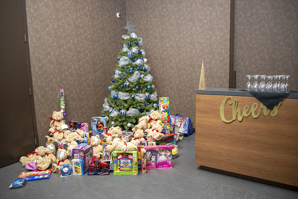 Christmas Toy Drive (2).jpg