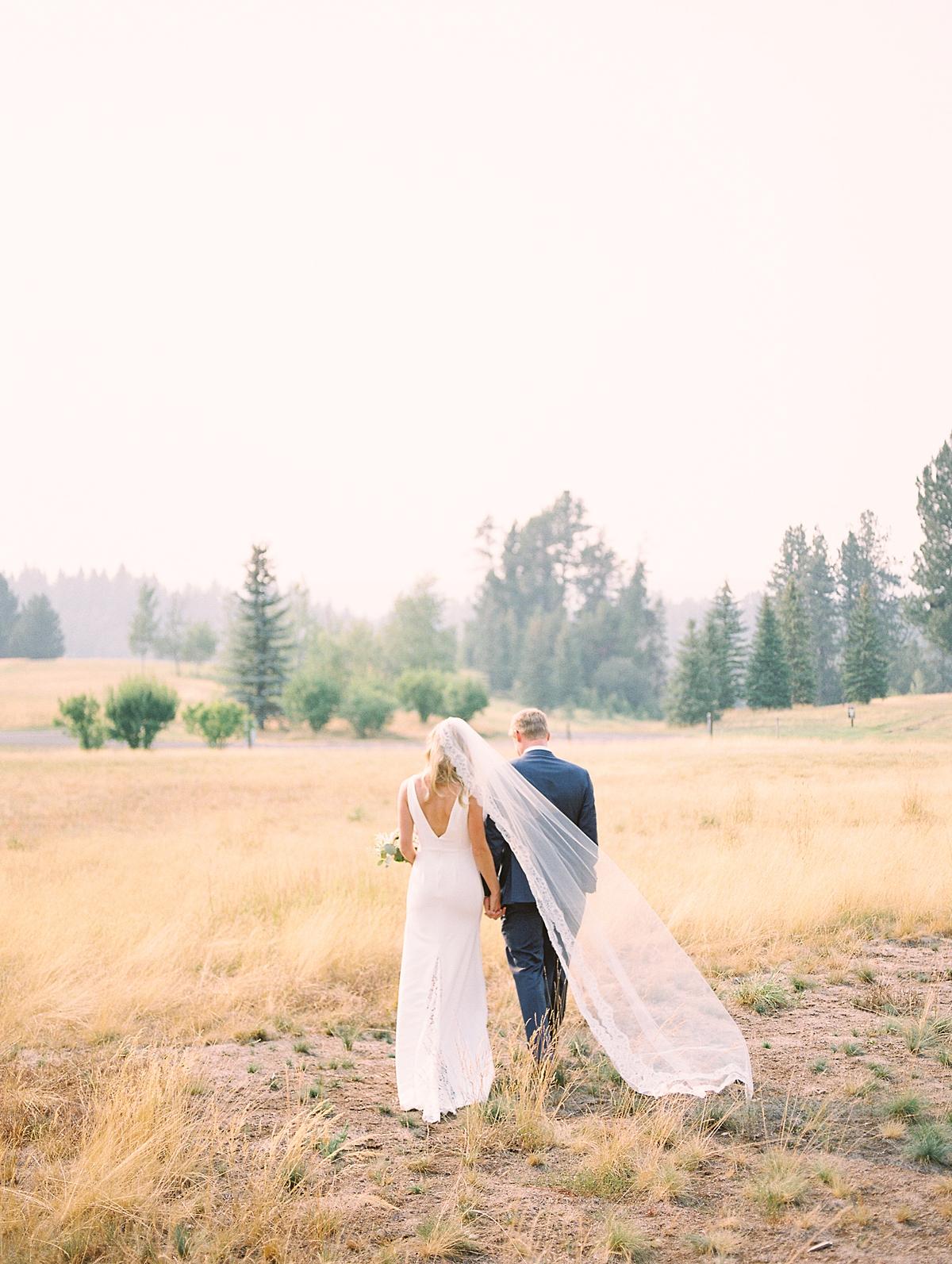 BrieThomasonBoiseWeddingPhotographerLinemanEngagementIdea_1392.jpg