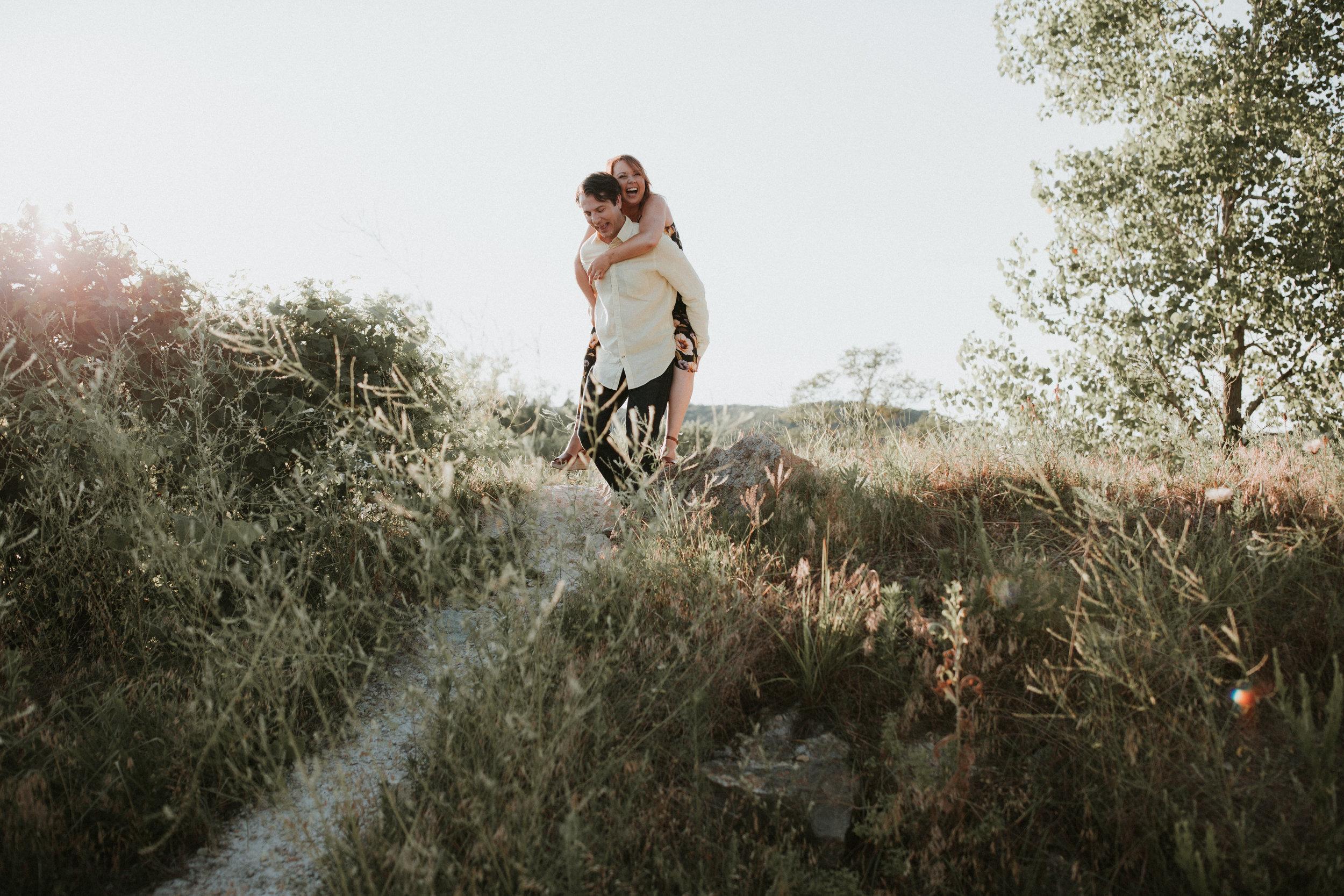 st louis engagement photographer, missouri engagement photographer, klondike park engagement photos, missouri couples photographer, engagement photo ideas, st louis couples photographer, klondike park