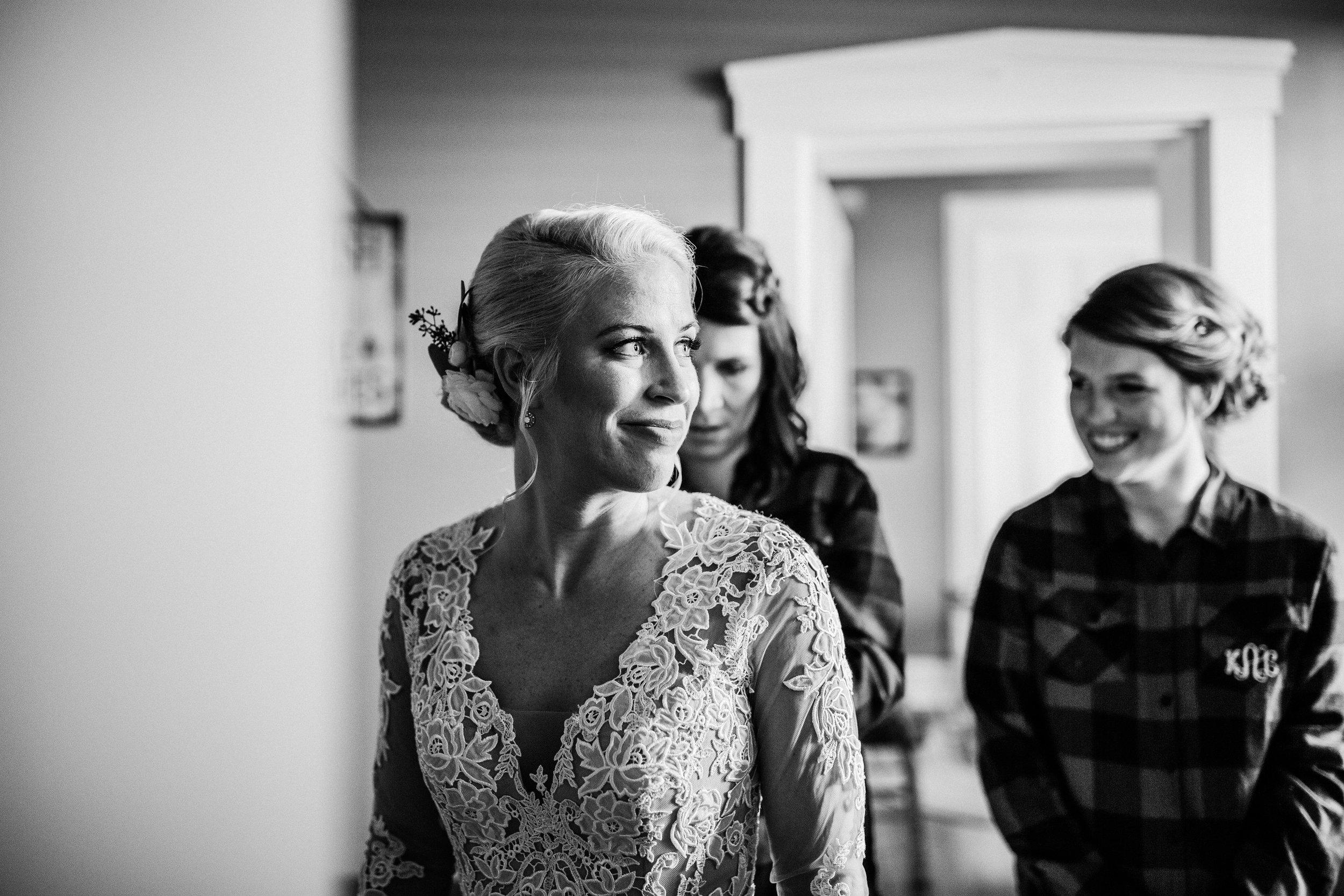 ST LOUIS ENGAGMENT COUPLE WEDDING PHOTOGRAPHER - DESTINATION - MISSOURI-22.jpg