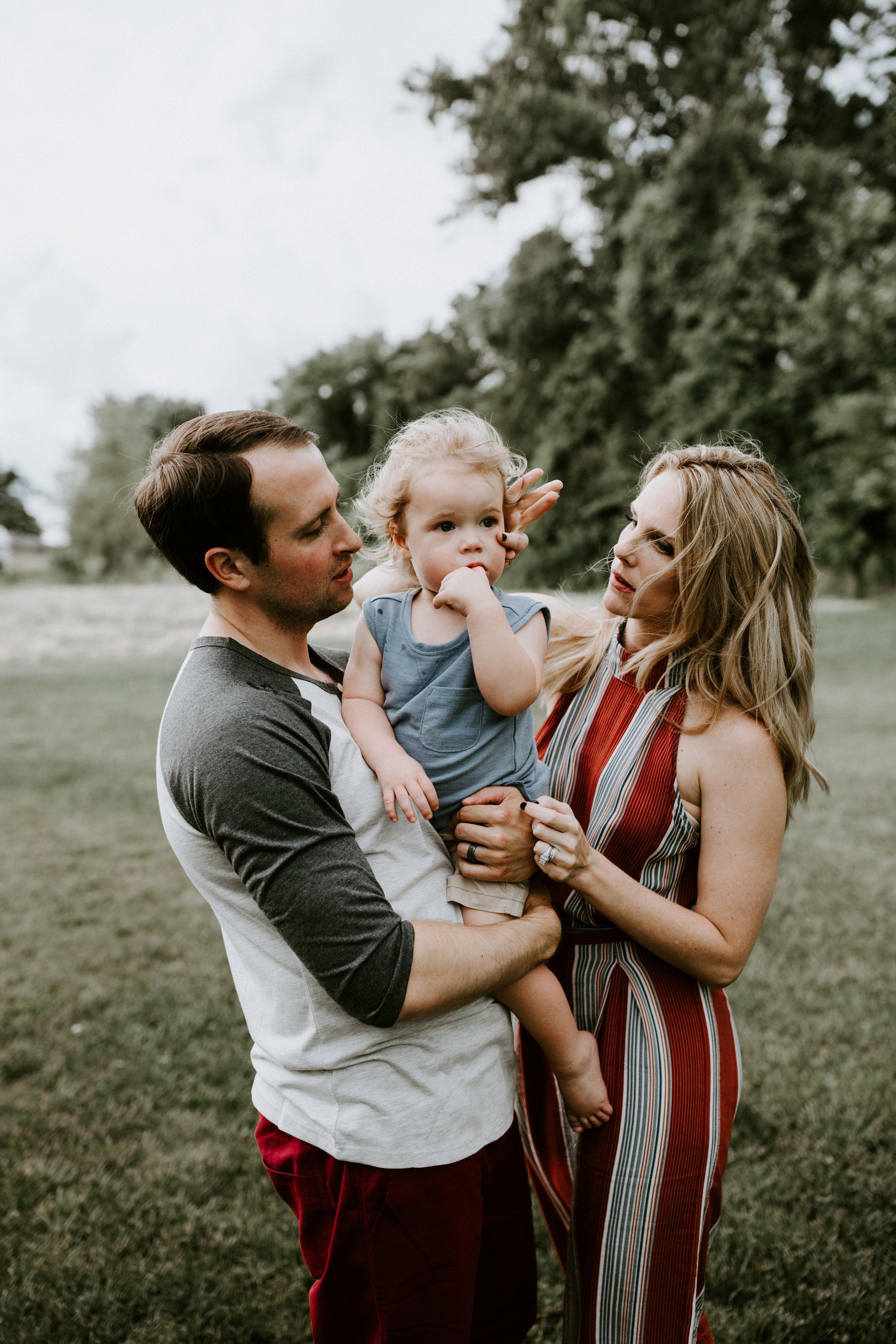 O'FALLON ILLINOIS -- LIFESTYLE FAMILY PHOTOGRAPHER -- MEREDITH FAMILY-75.jpg