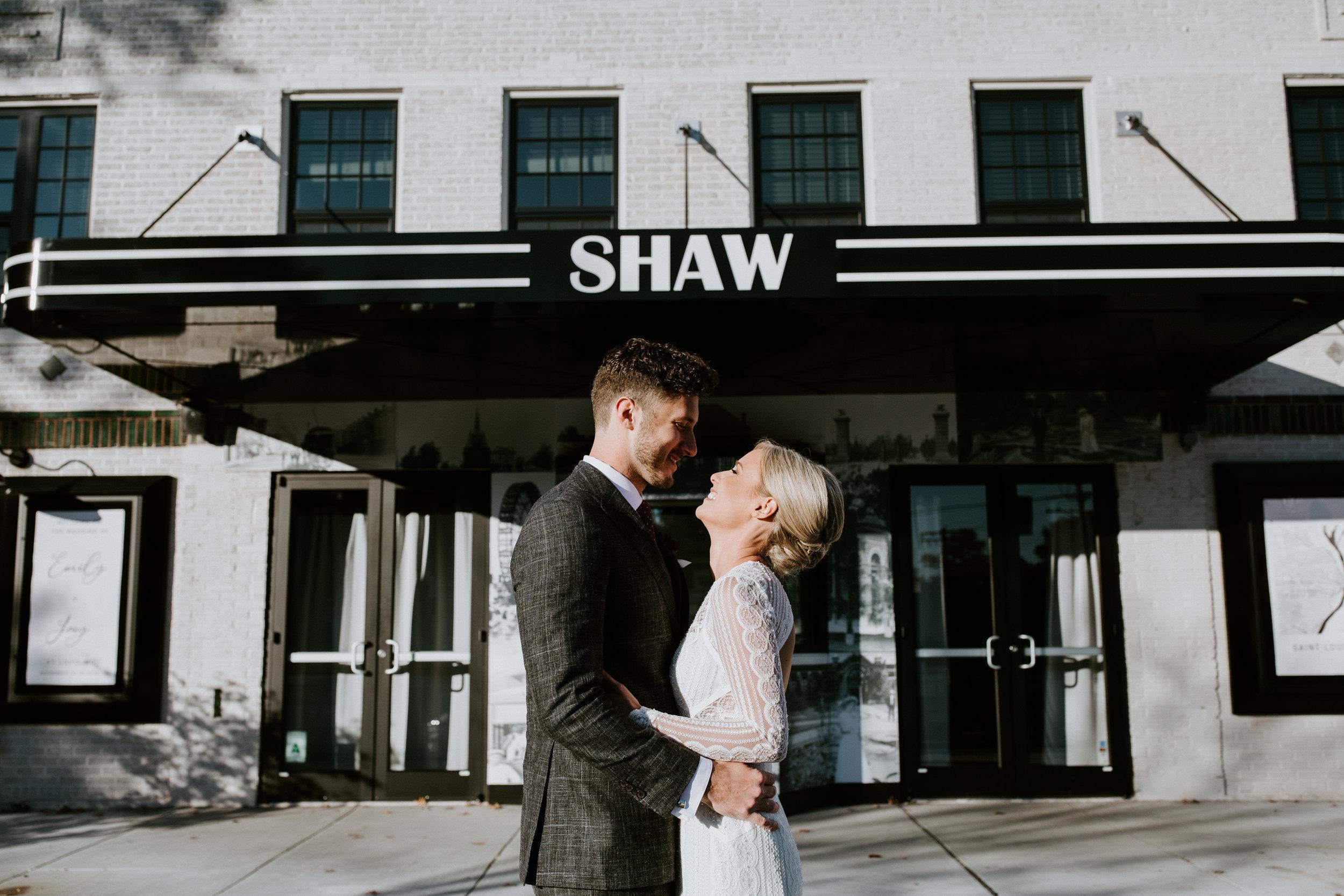 ST_LOUIS_WEDDING_PHOTOGRAPHER_WILD_CARROT_EMILY_AND_JOES_WINTER_WEDDING-544.jpg