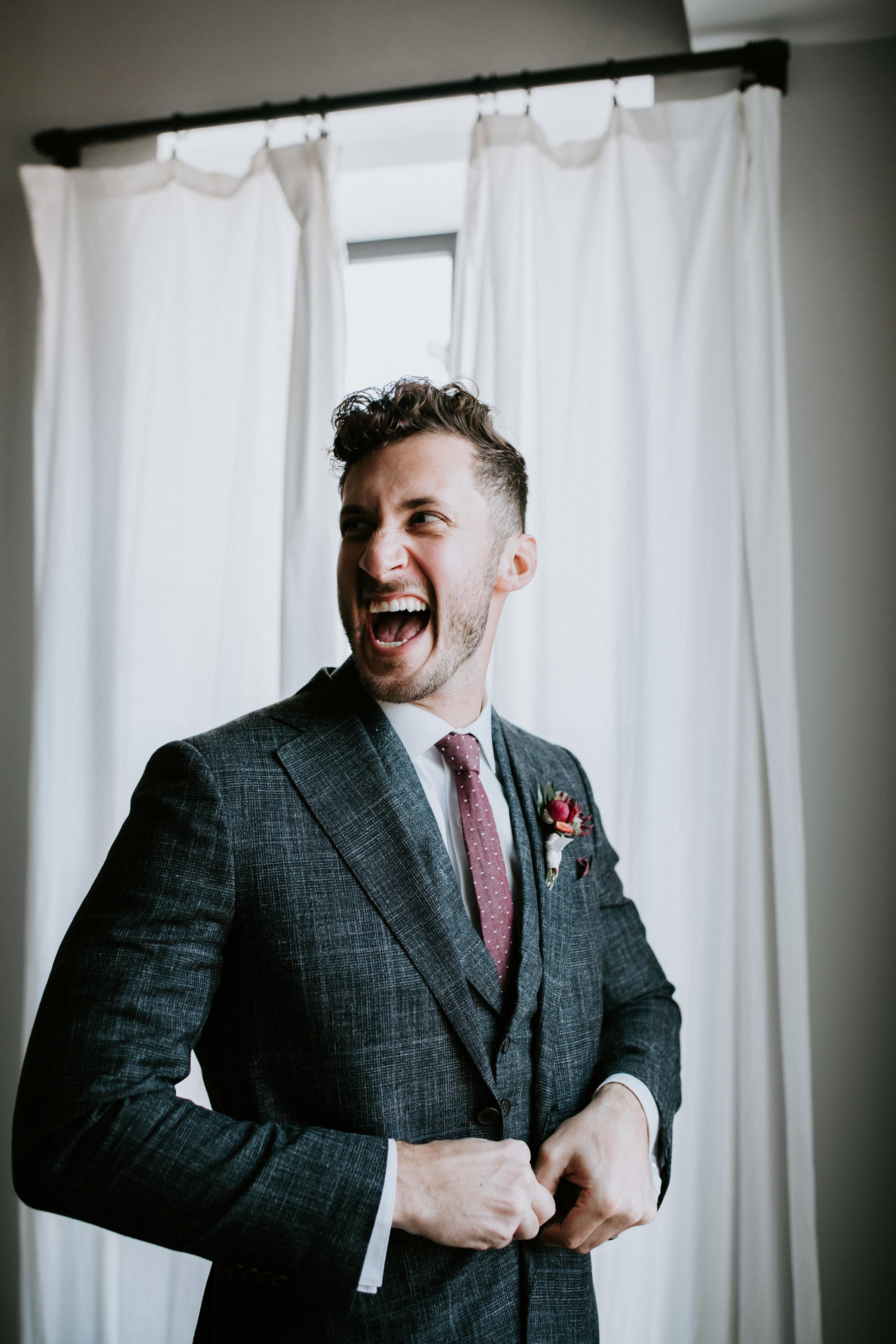 ST_LOUIS_WEDDING_PHOTOGRAPHER_WILD_CARROT_EMILY_AND_JOES_WINTER_WEDDING-337.jpg
