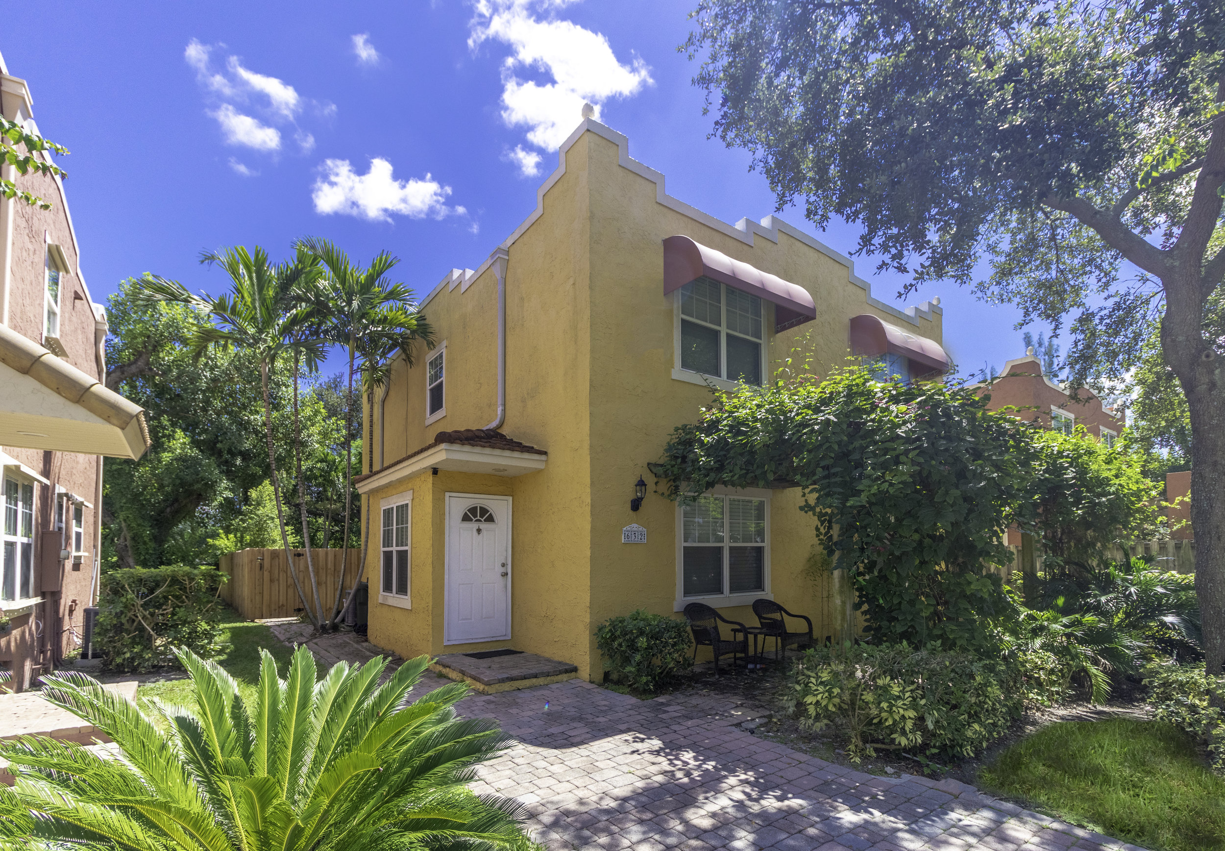 SOLD $270,000 2019 - 632 NW 2nd Ave Fort Lauderdale FL 33311