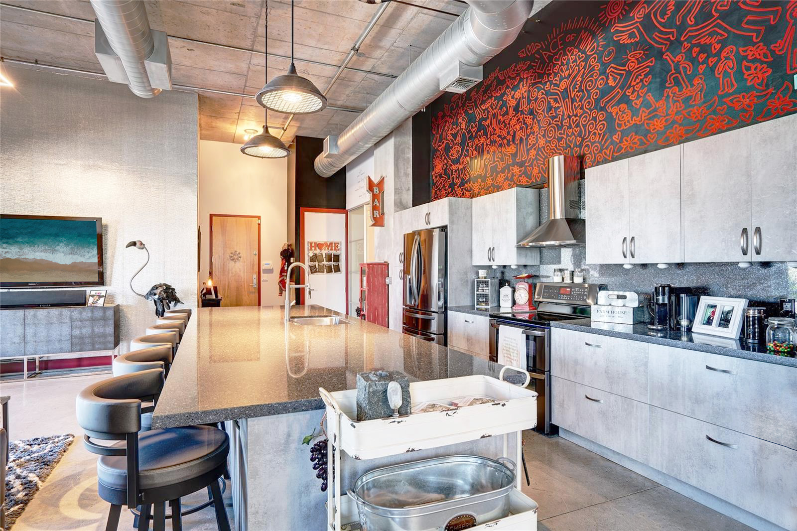 SOLD $500,000 - Avenue Lofts #402