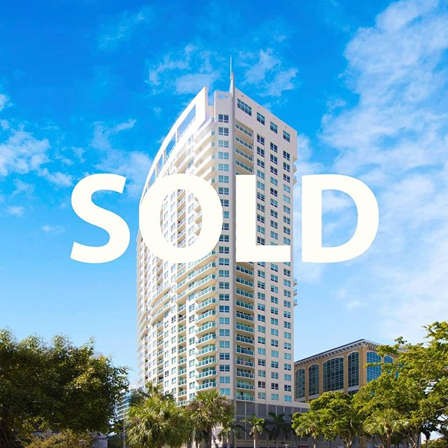 💥SOLD at 350 Las Olas Place. Alex Smythe Realty sold this 2 bedroom in downtown within 2 months of listing it. Cash buyer from NY and only saw it through video! One of the TWO sales today for Alex Smythe  Realty!💥 #alexsmythe #alexsmytherealty #realestate #dangelorealty #lasolas #fortlauderdale #fortlauderdalerealestate