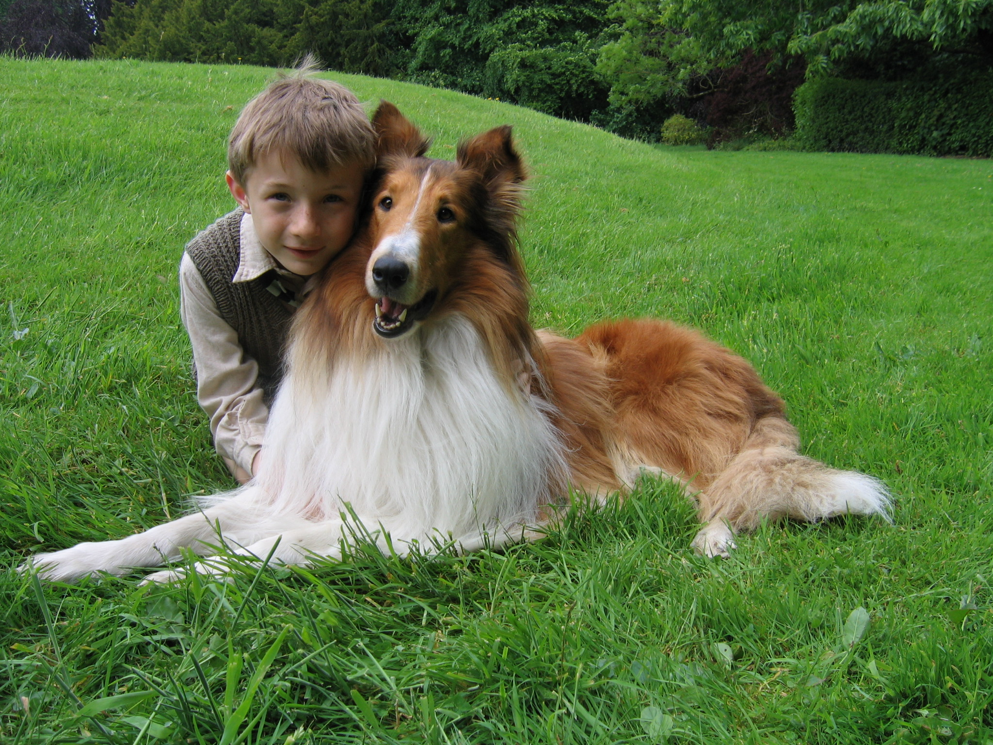 Lassie and kid.JPG