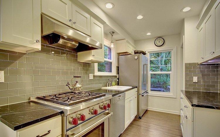 Seattle, WA $808,000 - Represented Buyer