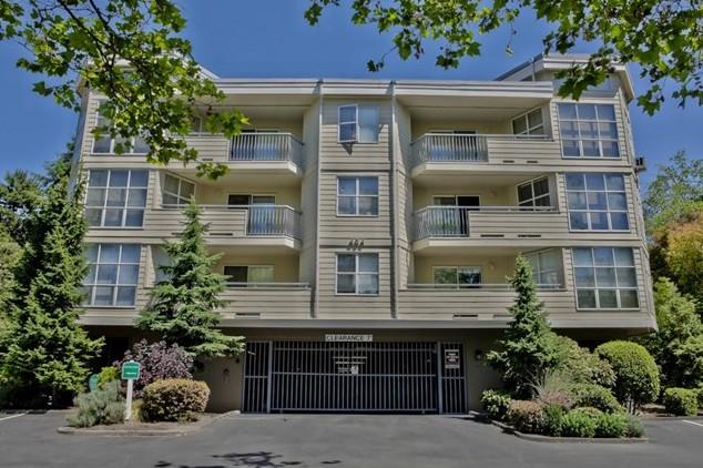 Bellevue, WA $420,000 - Represented Buyer