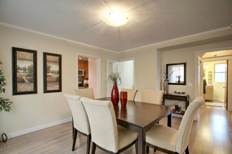 Seattle 98178 $352,000 - Represented Buyer