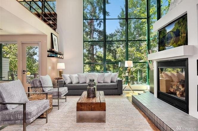 Seattle, WA $1,375,000 - Represented Seller