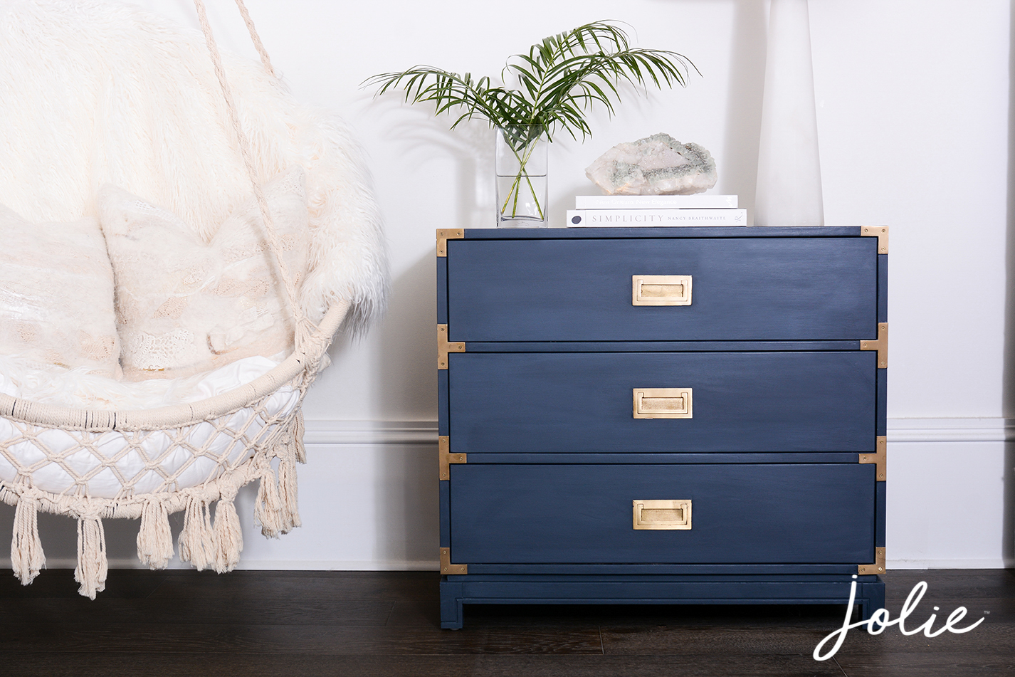 The Smooth Finish. Achieve lots of different looks with Jolie Paint.  joliehome.com