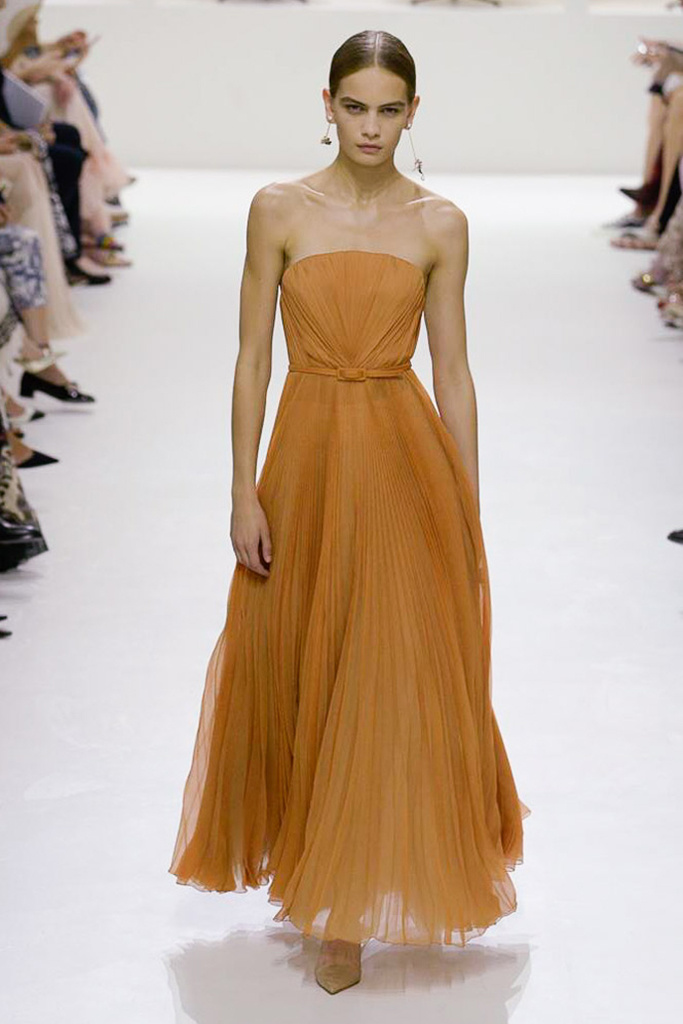 Dior Haute Couture 10.jpg