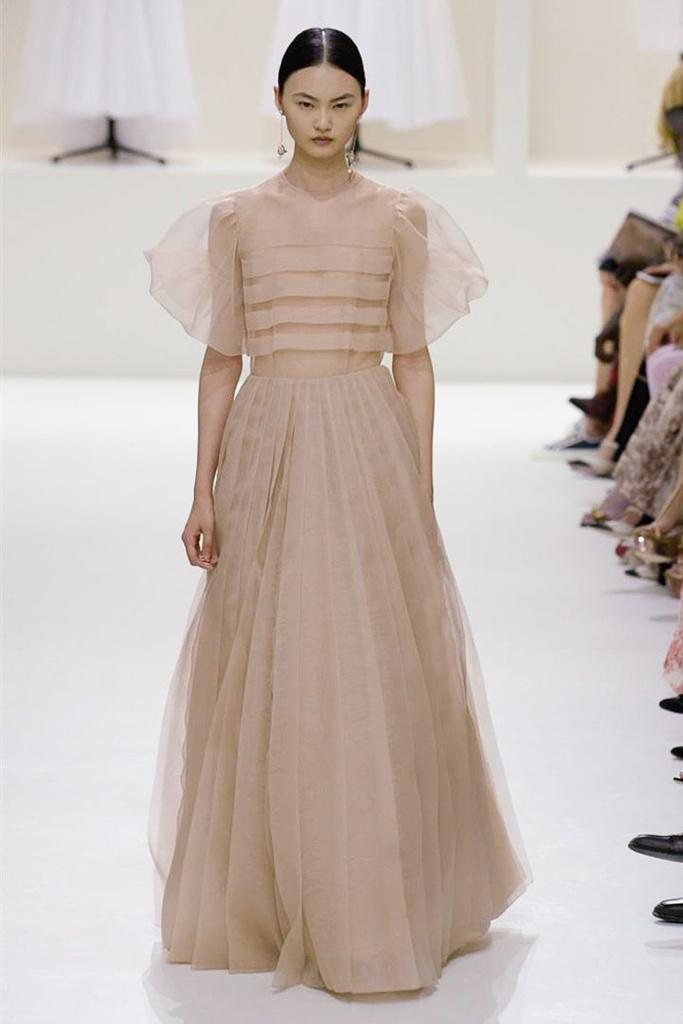 Dior Haute Couture 2.jpg