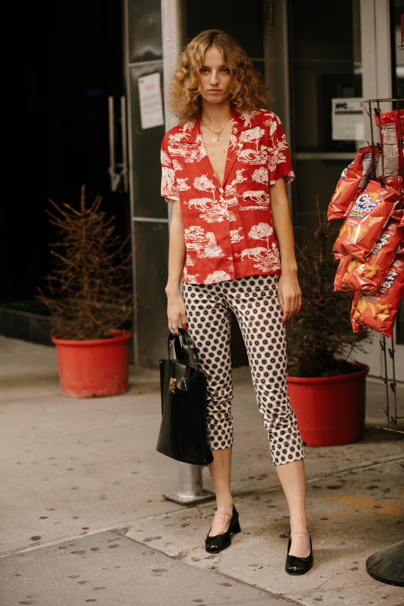 21-new-york-fashion-week-street-style-spring-2018-day-6.jpg