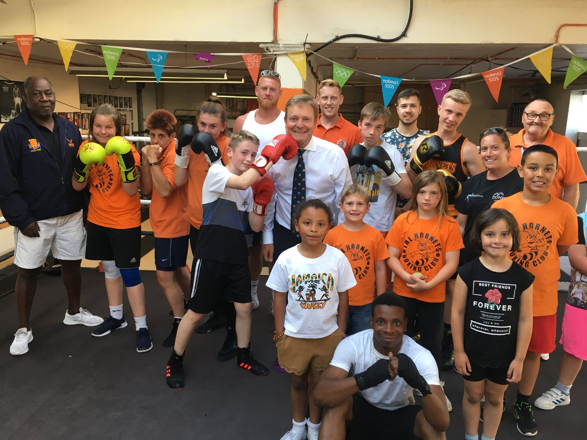 CM with The Hornets Boxing Academy1 June18.jpg