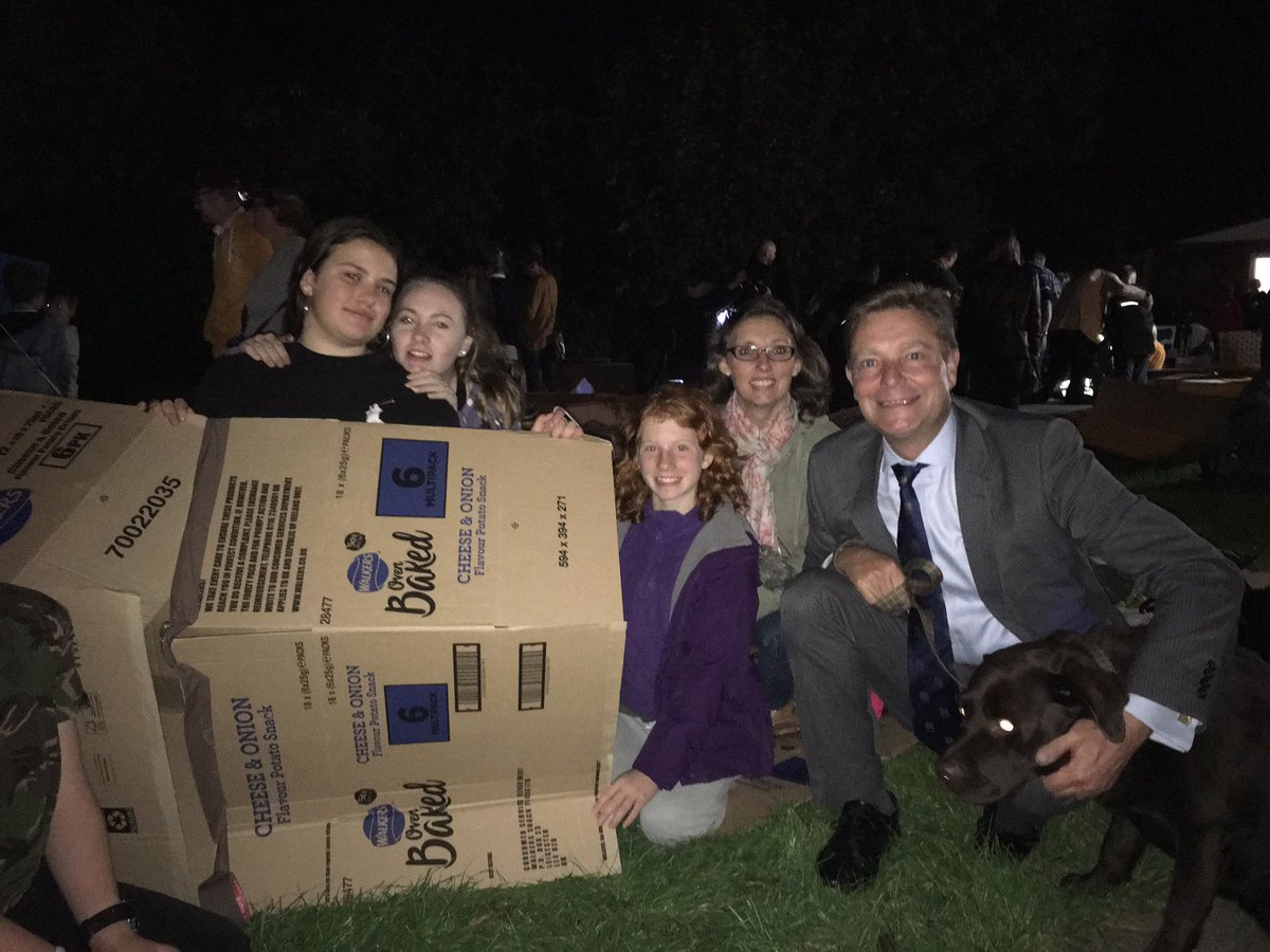 CM with Kent Scouts sleep out for Porchlight homeless1 Oct18.jpg