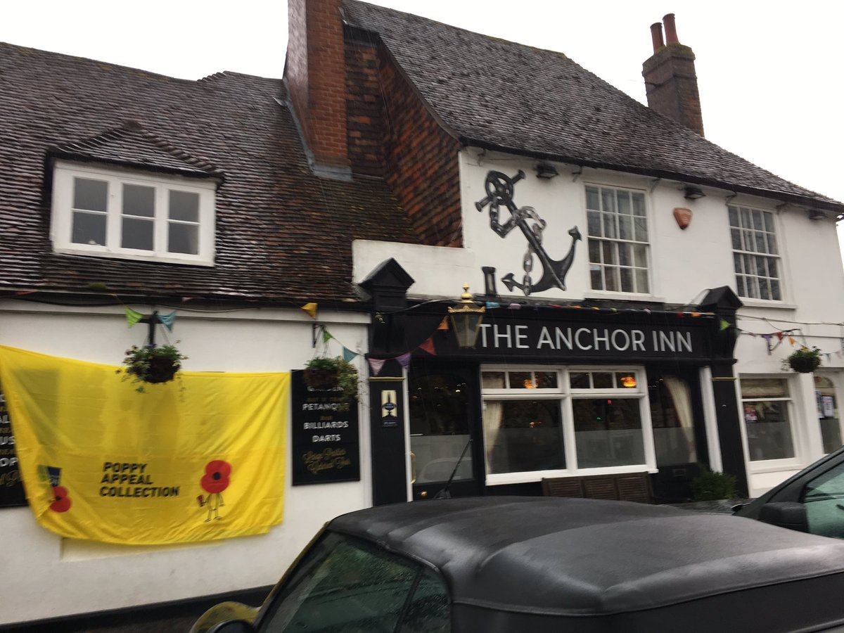 CM at Poppy Coffee Morning at the Anchor Pub in Wingham2 Nov18.jpg