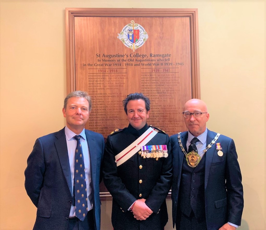 CM at unveiling of new War Memorial at St Augustine's Church Ramsgate1 Sept19.jpg