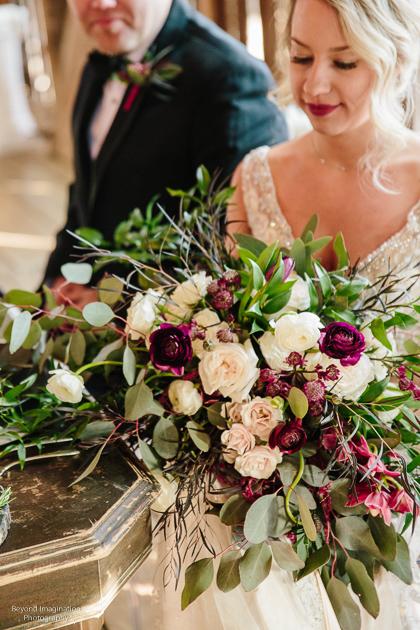 wedding flowers bride and groom.JPG