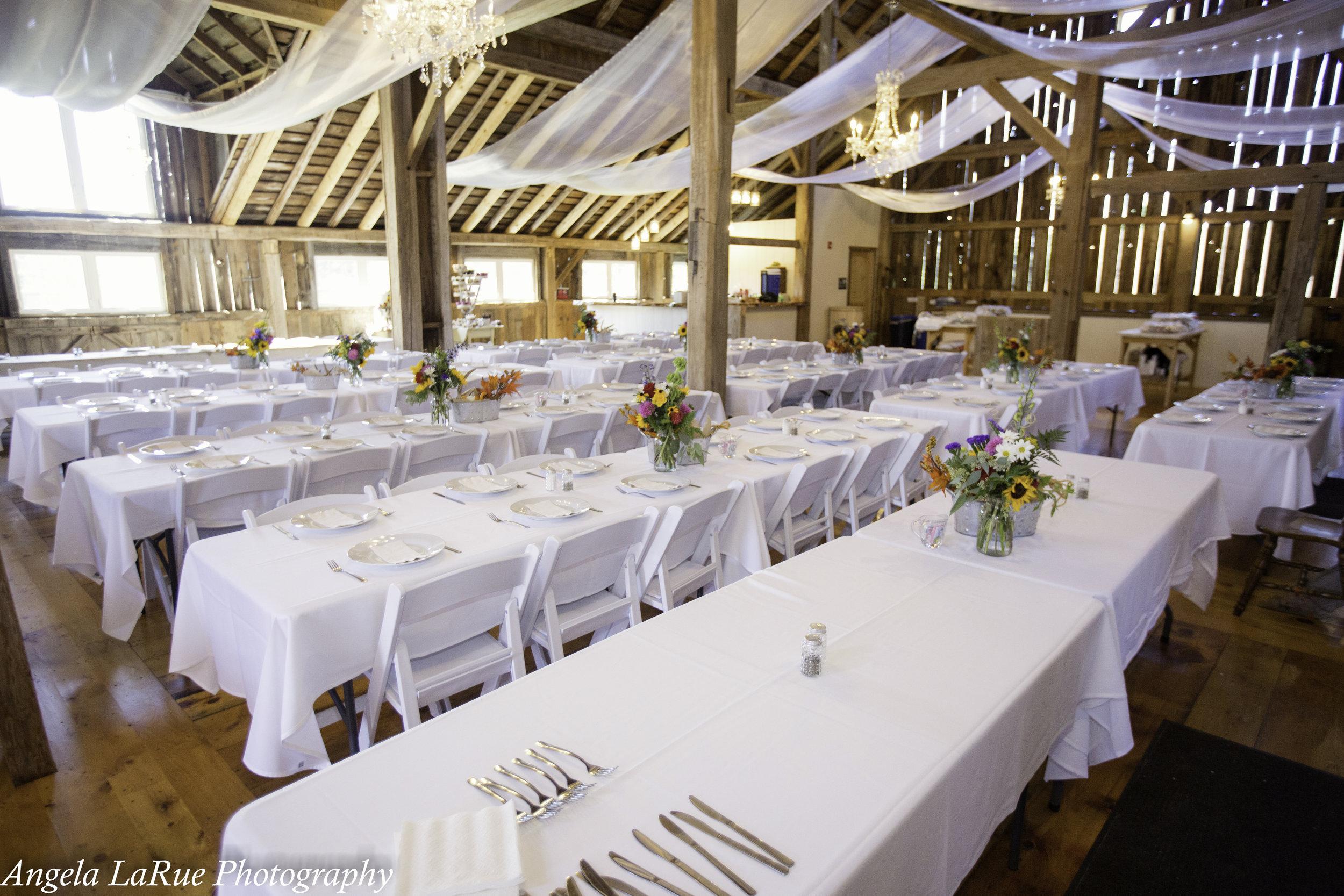 barn reception table configuration