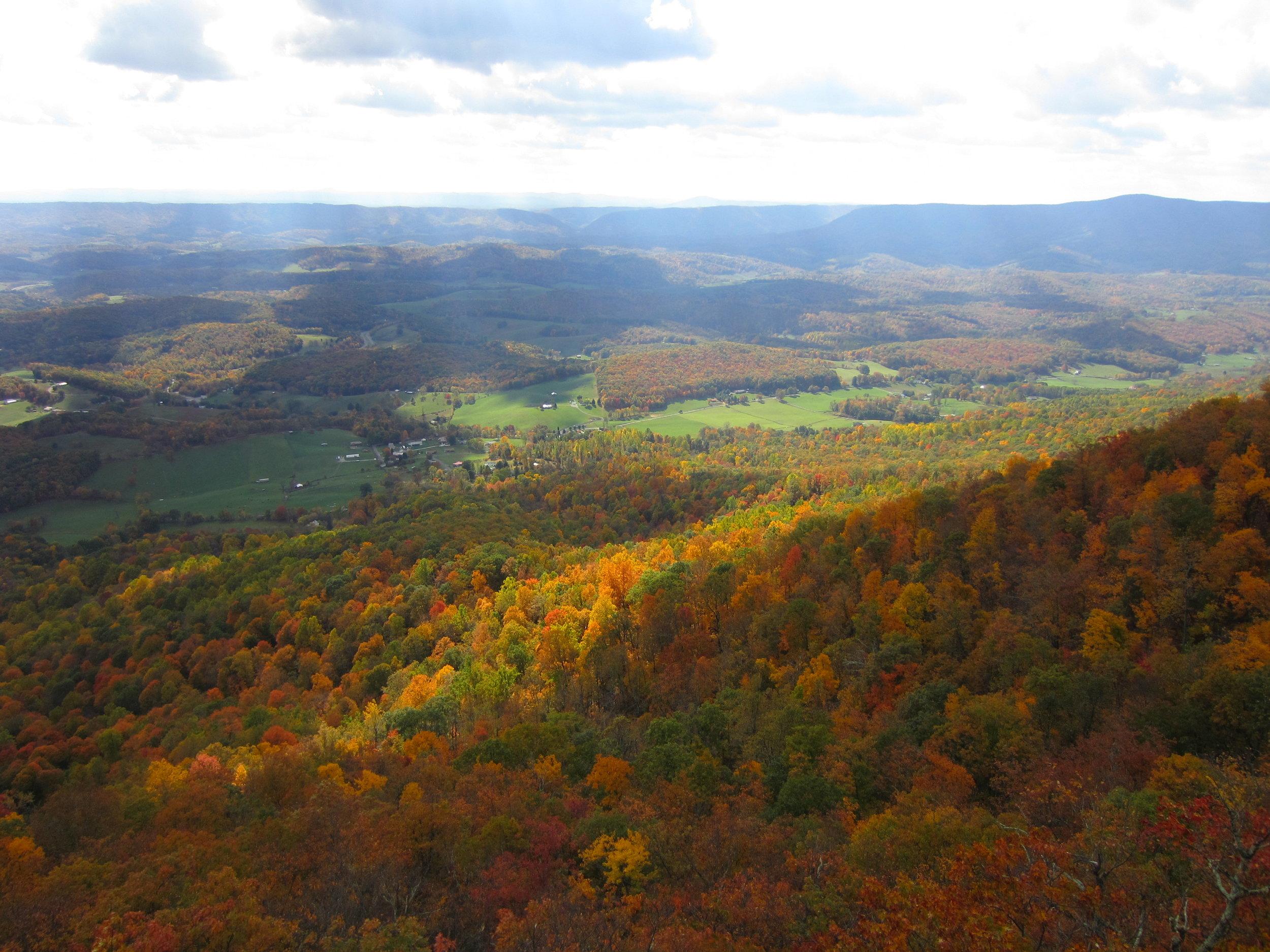 Spectacular fall colors in Virginia (near Blacksburg).