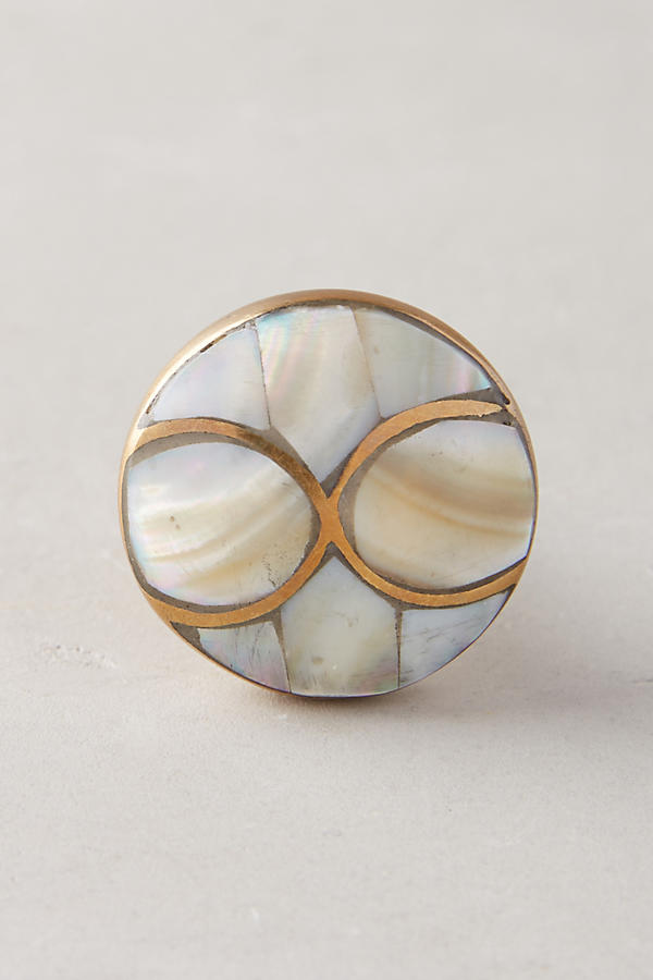 anthro pearlescent serpentine knob.jpeg