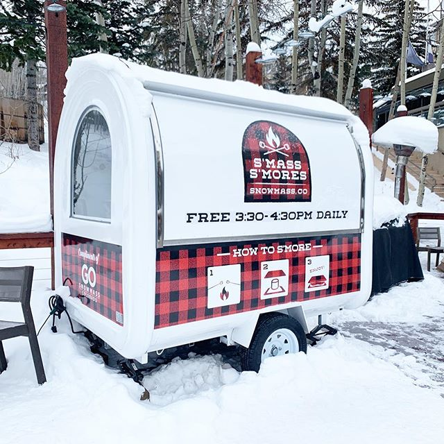 how do i get one of these for our backyard? so cute! although, it probably looks better in the snow.. ❄️ #snowmass #xgames
