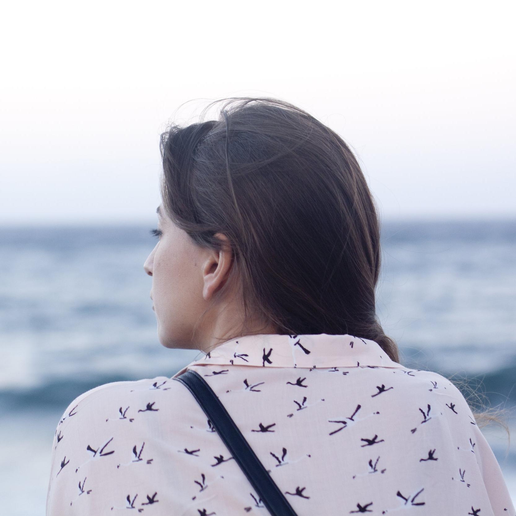 girl ocean.jpg