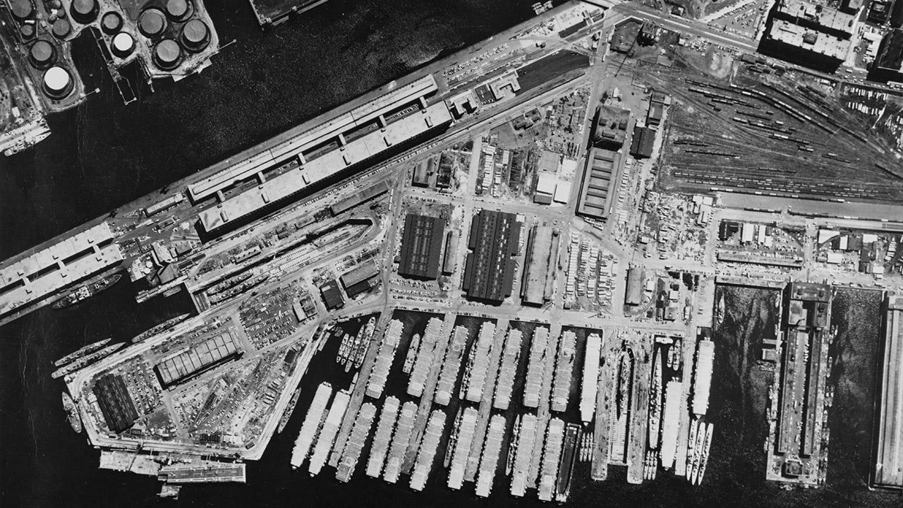 South_Boston_Naval_Annex_and_South_Boston_Army_Base,_circa_1958-About-Thumb.jpg